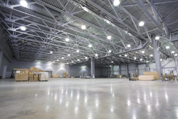 Đèn led nhà xưởng có khả năng chiếu sáng cao và tiết kiệm điện năng